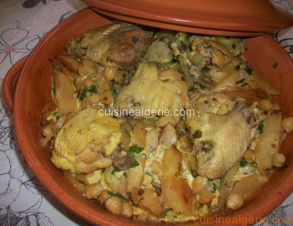 Kbab algérois au poulet (Poulet aux frites à la sauce blanche)