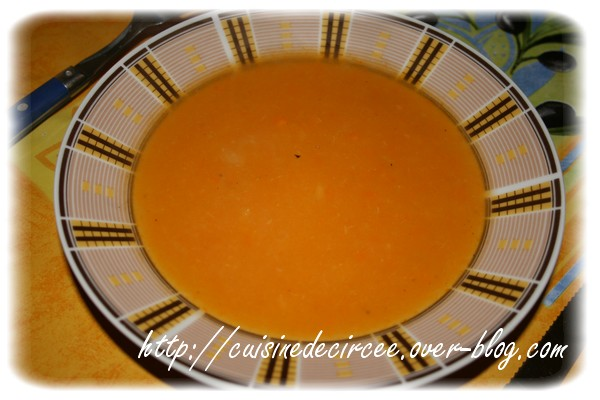 Soupe au chou et aux carottes
