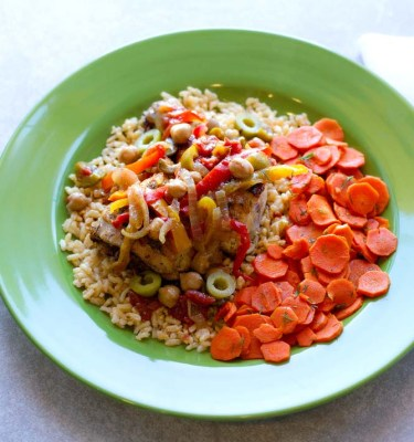 Spanish Stewed Chicken, Brown Rice and Dill Carrots