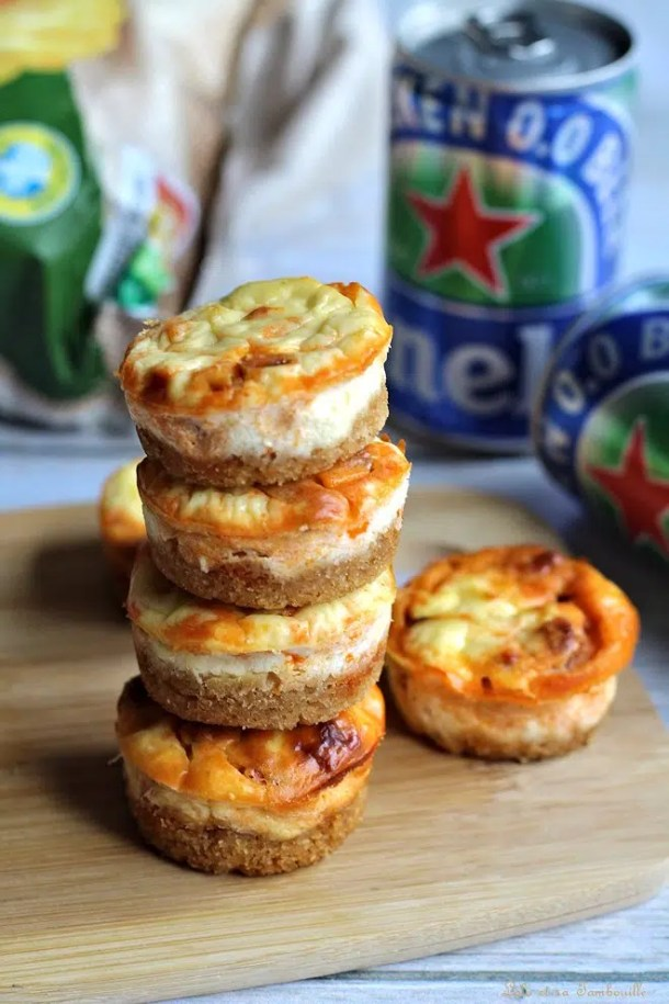 Mini cheesecakes au chorizo & ciboulette