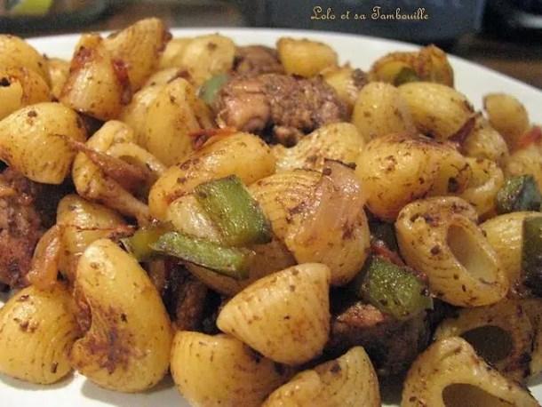 Sauté de dinde à l'olivade noire au piment d'espelette