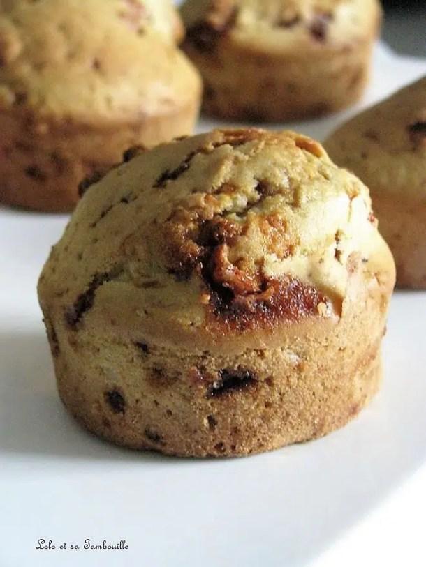 Muffins aux éclats de cacahuètes caramélisées