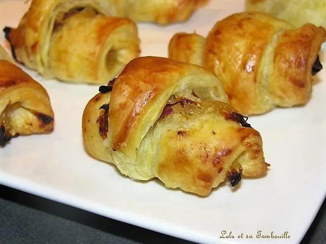 Croissants feuilletés au confit d'oignon