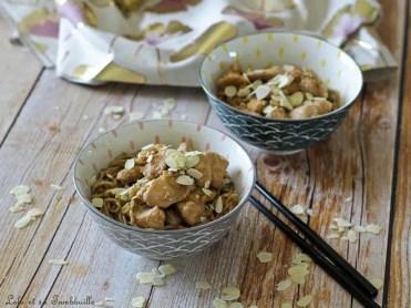 Poulet sauté au soja & amandes effilées (4)
