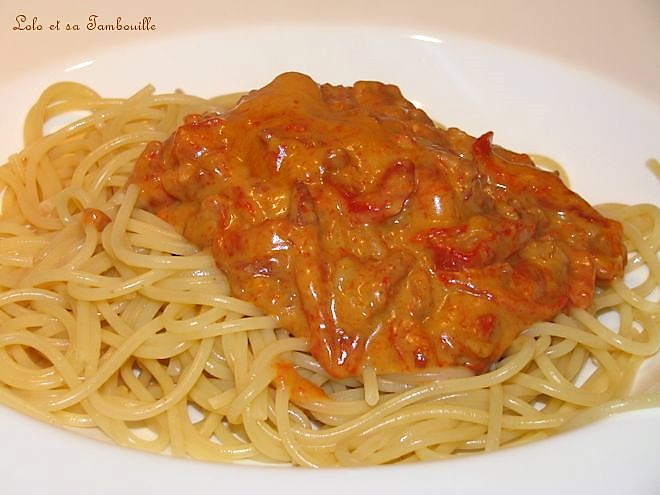 Spaghettis aux poivrons grillés