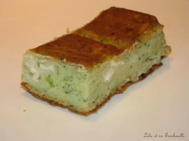 Cake aux courgettes, chèvre & oignons nouveaux