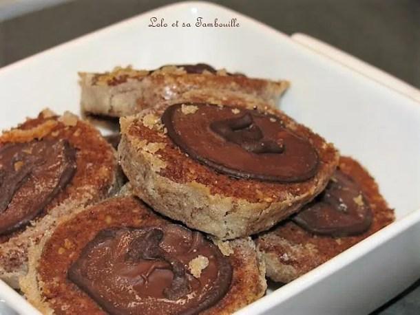 Biscuits aux noisettes & chocolats