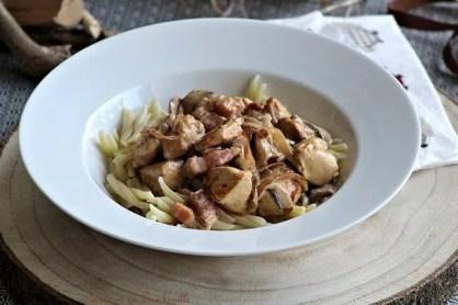 Sauté de poulet aux champignons & lardons (6)