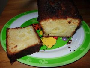 cake aux pommes et au rhum christel