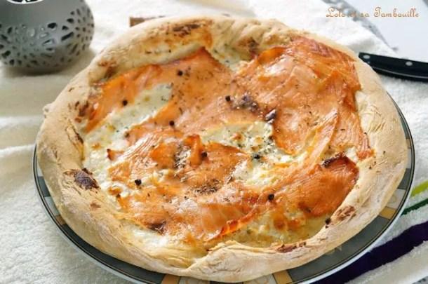 Pizza au saumon fumé & mozzarella
