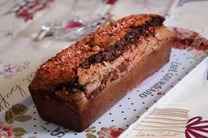 Cake au chocolat & pralines roses (3)