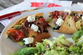 Tarte étoilée courgette & pesto {féta, jambon de Bayonne & tomates cerises} (7)