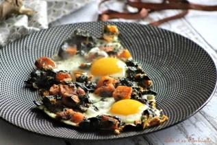 Oeufs au plat aux épinards & patates douces (5)