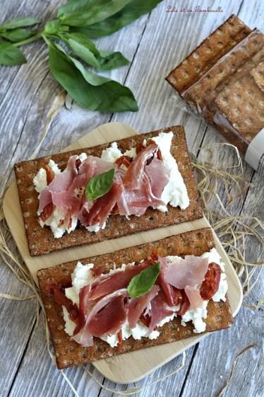 Tartines de chèvre frais & serrano (1)