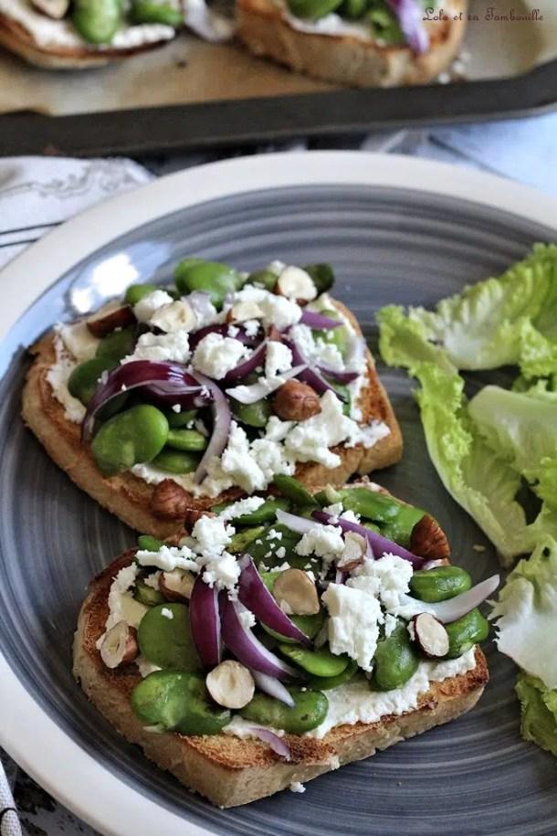 Tartines aux fèves & feta