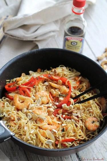Nouilles sautées au crevettes & basilic (4)