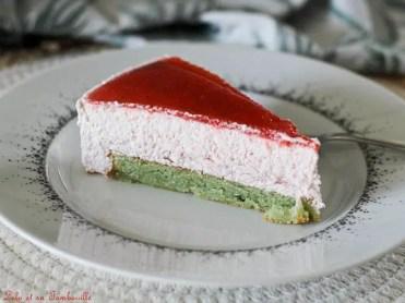 Entremets fraises & pisatche (1)