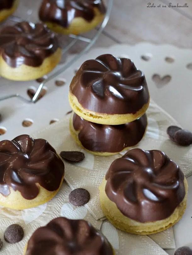 Moelleux aux bananes {coque en chocolat}