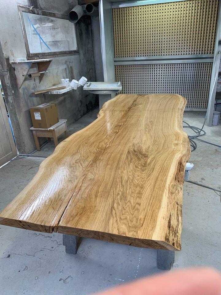 table en chene massif brut