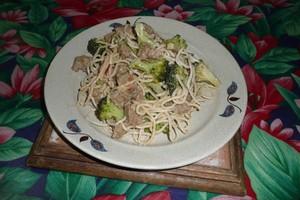 Nouilles chinoises au curry et au Seitan