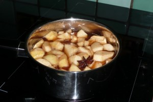 Pommes et pêches pochées aux épices 2
