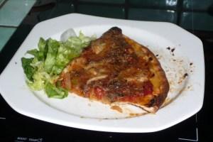 Pizza tomates oignons (8)
