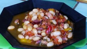 Coco de Paimpol aux tomates et aux lardons