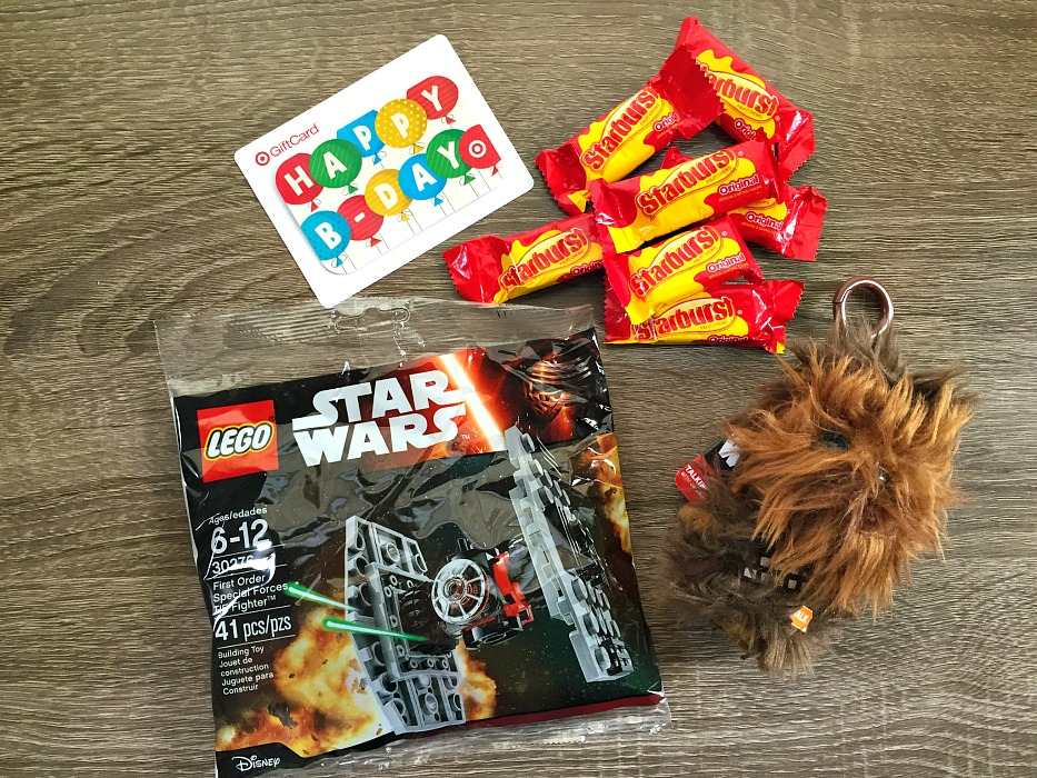 DIY chewbacca gift bag 22