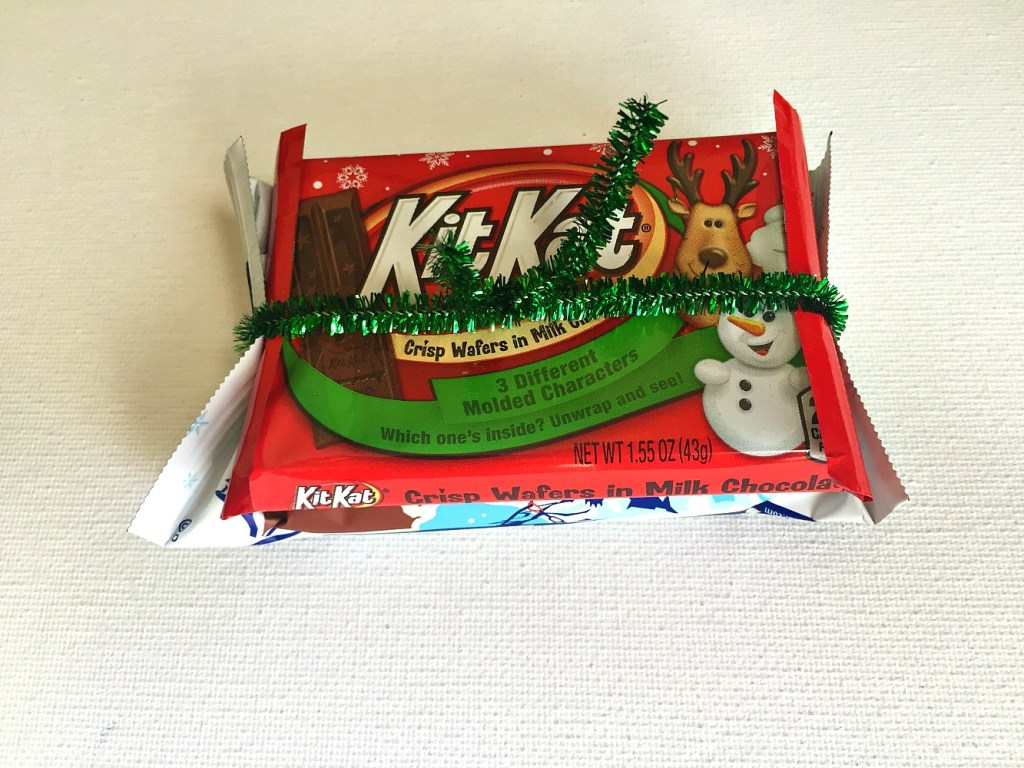 DIY Candy Sleigh – A Cool Way to Give Gift Cards or Cash