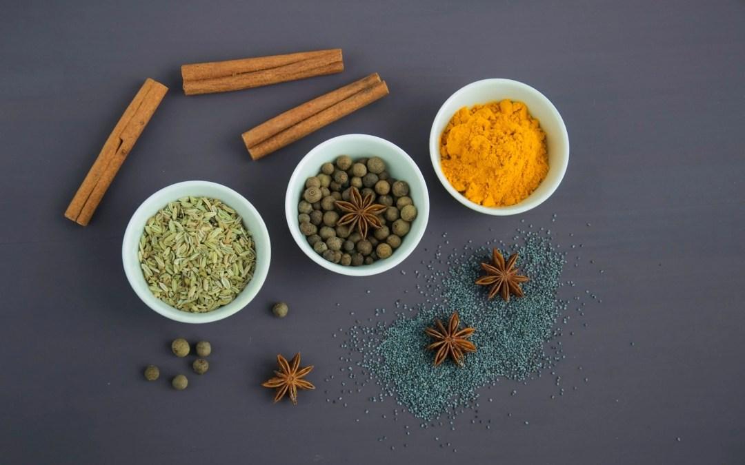 Zalm curry met kikkererwten & spinazie
