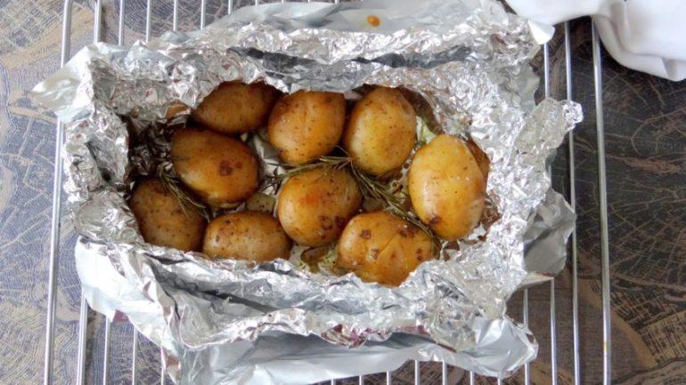 BBQ aardappels met rozemarijn en knoflook | culinea | bregblogt.nl