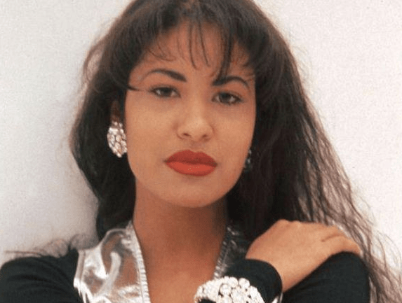 Selena's accessibility is part of what made her so alluring to fans--in her murderer's case, a little too alluring