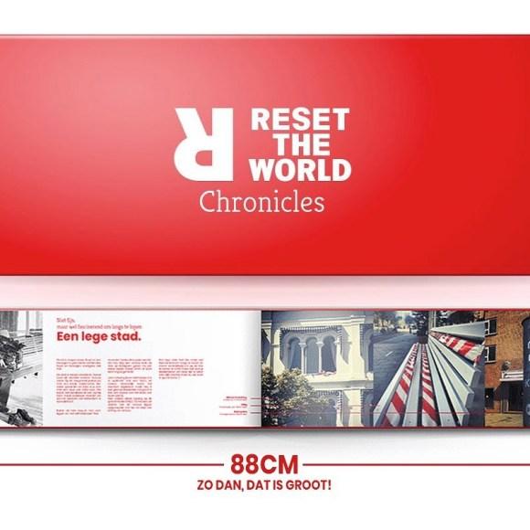 Reset the World Chronicles. Een boek vol met interviews van mensen in de eerste corona lockdown. Een tijdsdocument en wegwijzer met te maken keuzes.