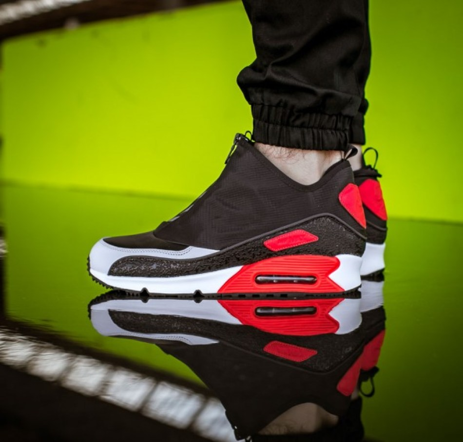 nike-858956-002-air-max-90-utility-black-cool-grey-infrared-onfeet-1_617x589