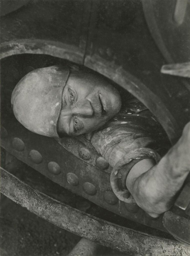 Lavoro in caldaia 1935 © Jakob Tuggener Foundation, Uster