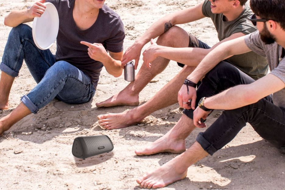 The Motorola speaker is ideal for all situations
