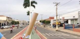 Foguetório teve início para celebrar a aprovação das contas, mas prefeito pediu suspensão - Foto: Ilustração
