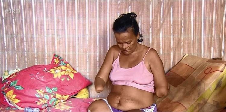 Ex-sinaleira Cleomar Marques, teve seu pedido negado porque não tinha como assinar - Foto: Reprodução/Rede Amazônica
