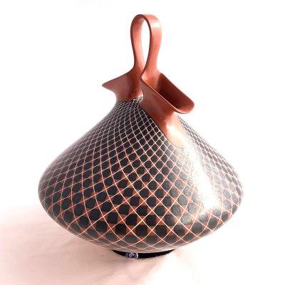 Mata Ortiz Pottery, Chihuahua Olga Quezada: Wedding Vase Geometric