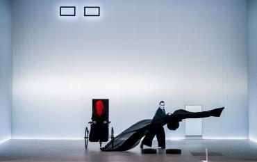 'Fin de partida' en el Berliner Ensemble: soledad, sonido y luz para llegar al silencio