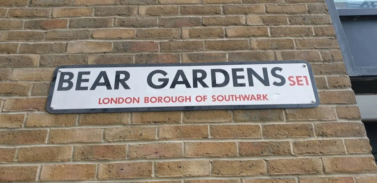 Street name sign - bear gardens