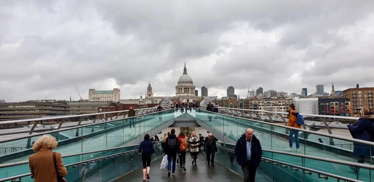 Bridge looking toward St Pauls Cathedral
