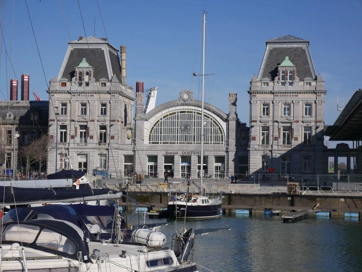 Ostend train station exterior