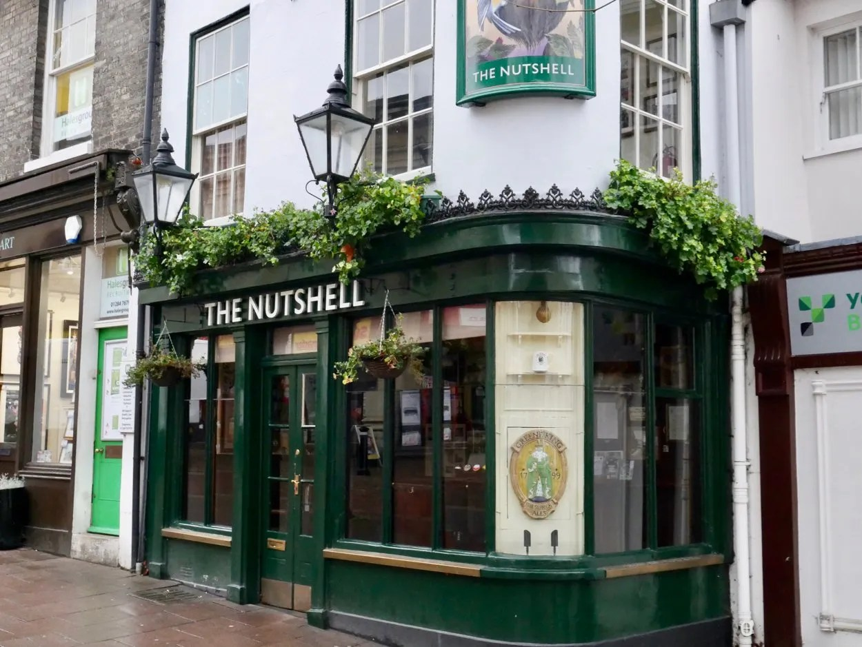 Nutshell Britains smallest pub