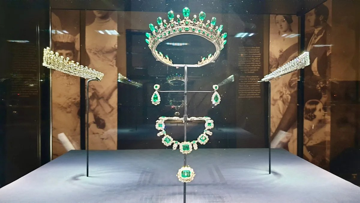 Diamond and emerald tiare, earrings and necklace designed by Prince Albert for Queen Victoria