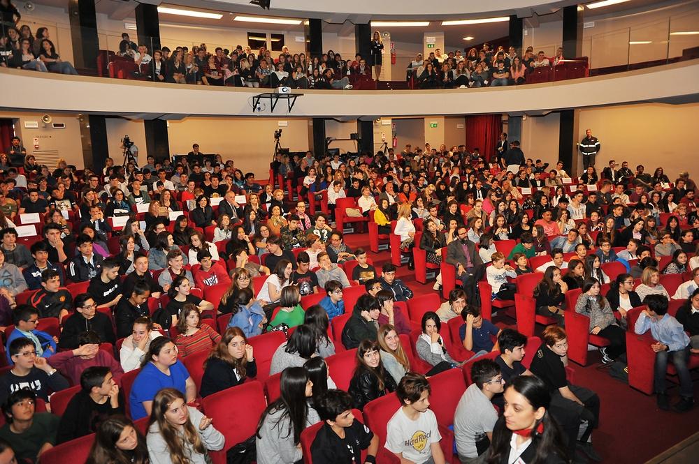 Teatro Eliseo di Roma: siglata intesa Miur-Garante infanzia