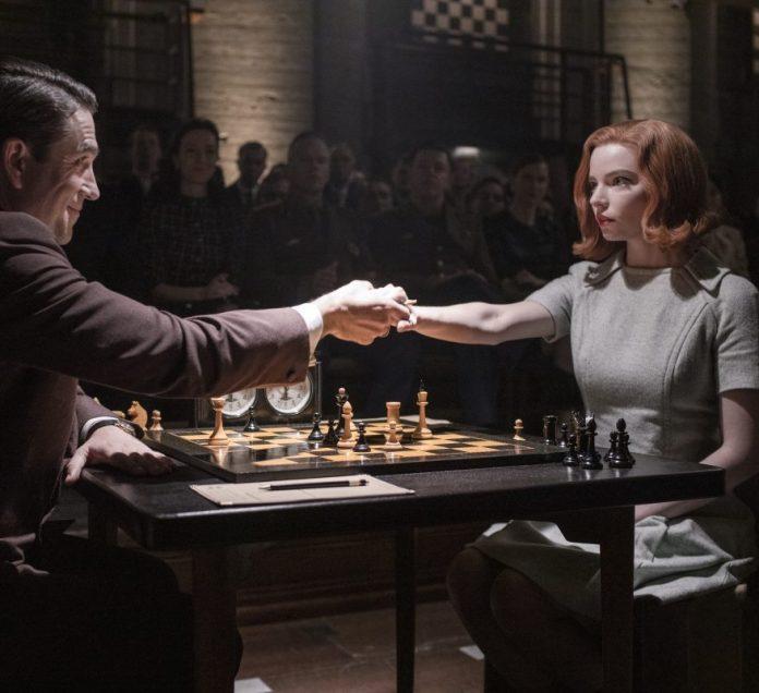 La regina degli scacchi recensione serie tv Netflix