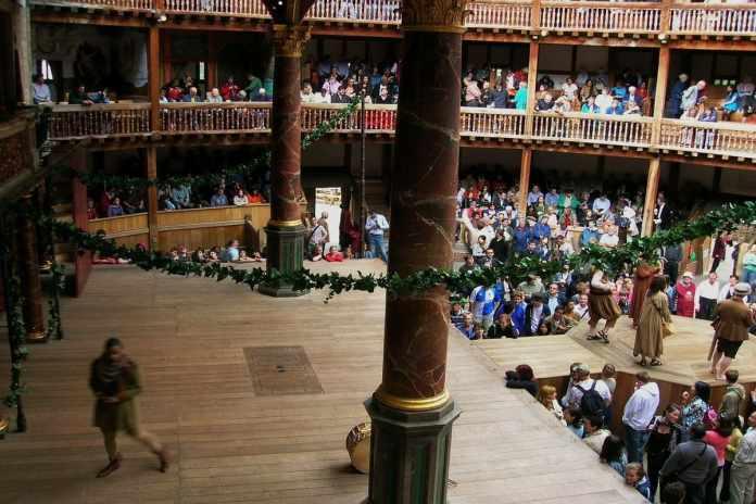 globe theatre roma travaglio e la politica