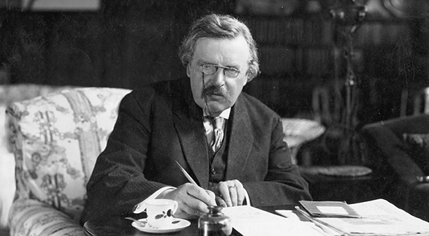 g-k-chesterton@-desk