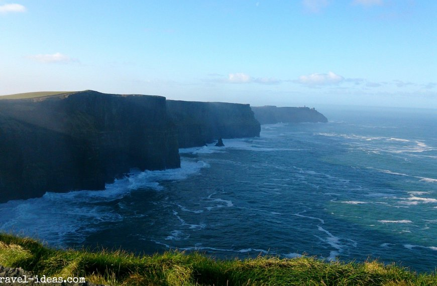 A magical sunrise at the cliffs of Moher